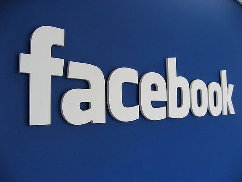 FACEBOOK TO FACE PRIVACY LAWSUIT OVER PHOTO TAGGING